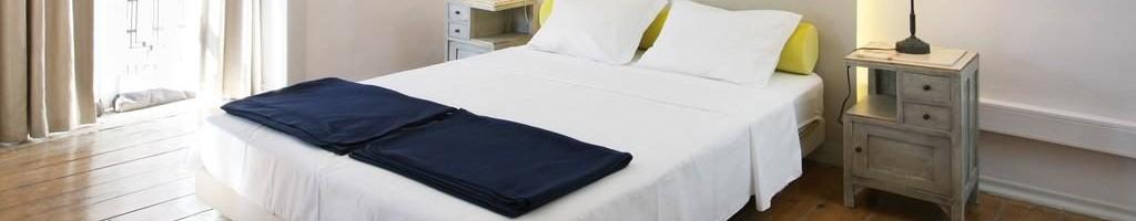 Использование щадящих средств для дезинфекции мебели